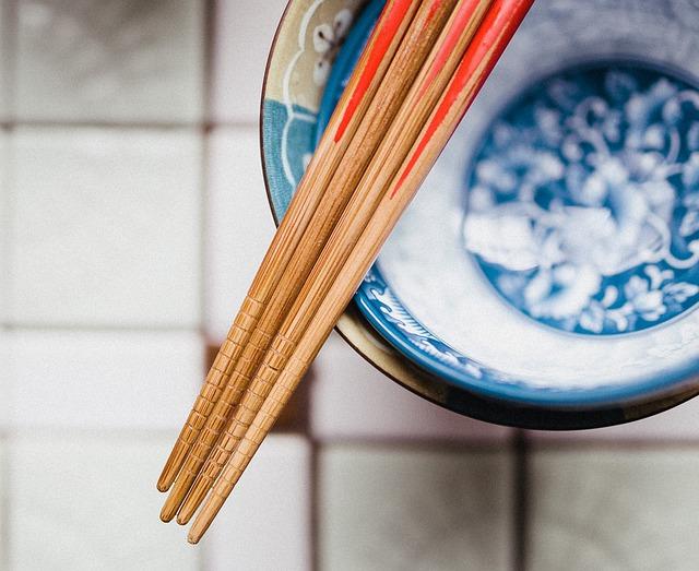 hůlky z bambusu