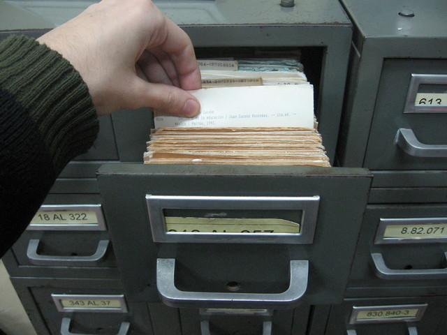 spořádané kartotéky stejně jako kanceláře